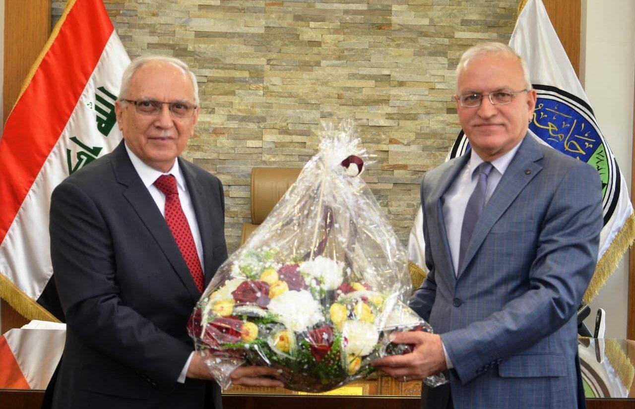 وزير التعليم العالي يهنىء جامعة بغداد لدخولها ضمن تصنيف التايمز البريطاني